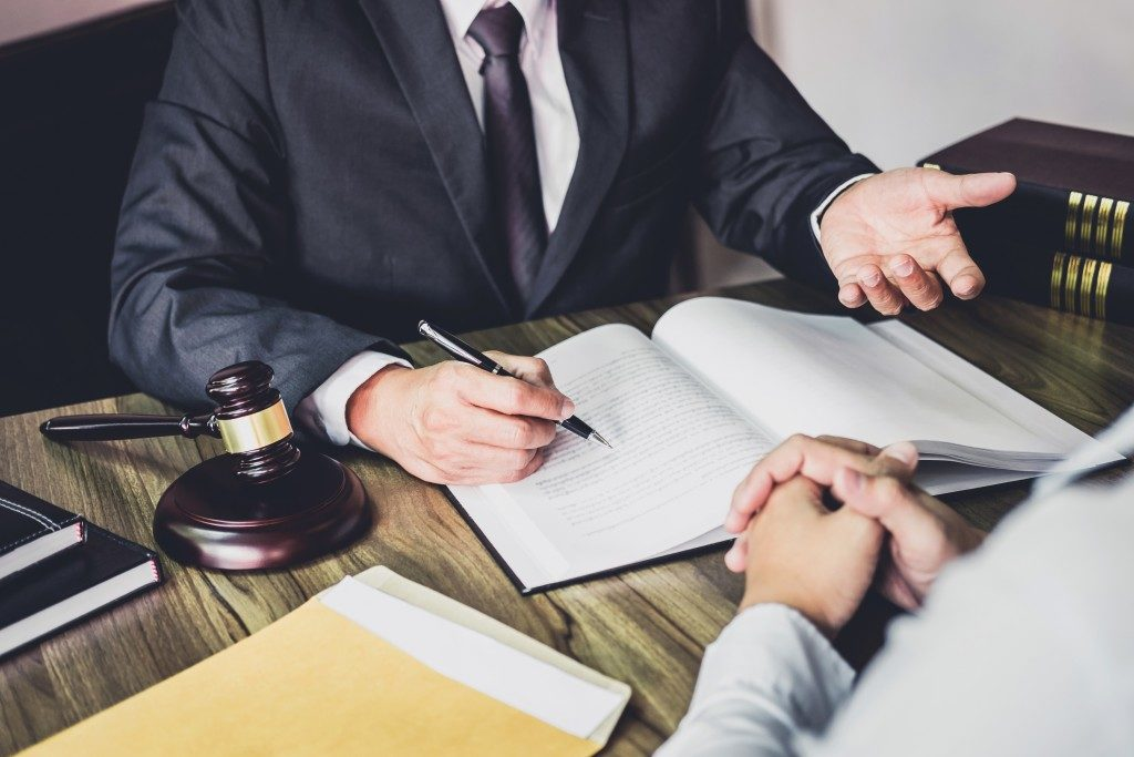 Man consulting a probate lawyer